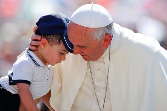 Pape-Francois-Je-reve-d-une-Eglise-mere-et-pasteur_article_popin