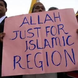 """Malaysia, la Chiesa sceglie la """"resistenza non violenta"""""""
