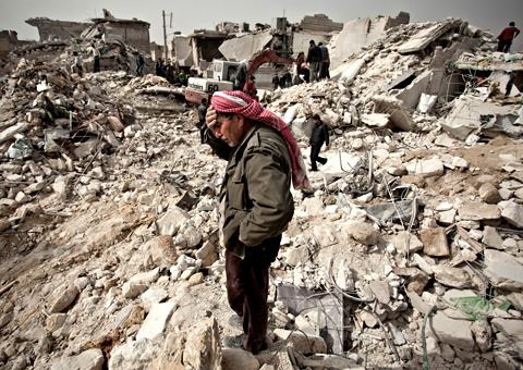 MDG : Peace index 2013 report : War in Syria,  ruins in Aleppo