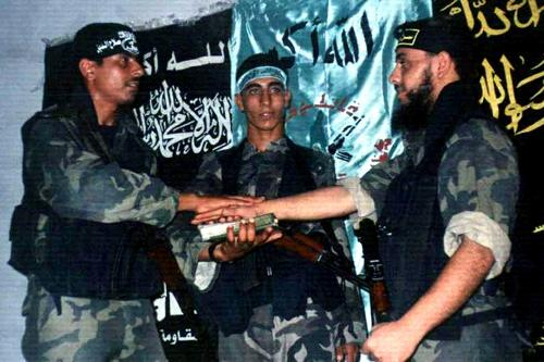 Paesi islamici, estremisti in calo di consensi